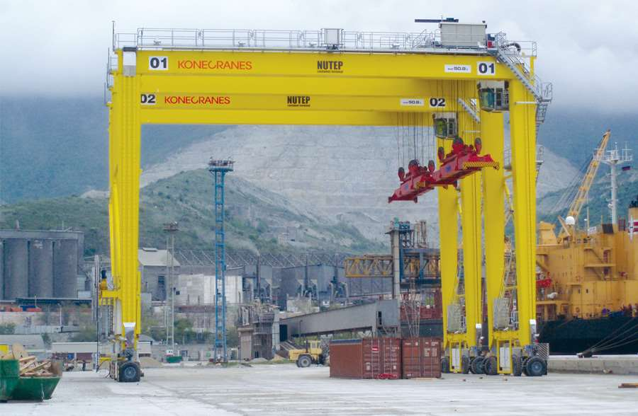 NUTEP container terminal. Port  of Novorossiysk (Black sea basin)